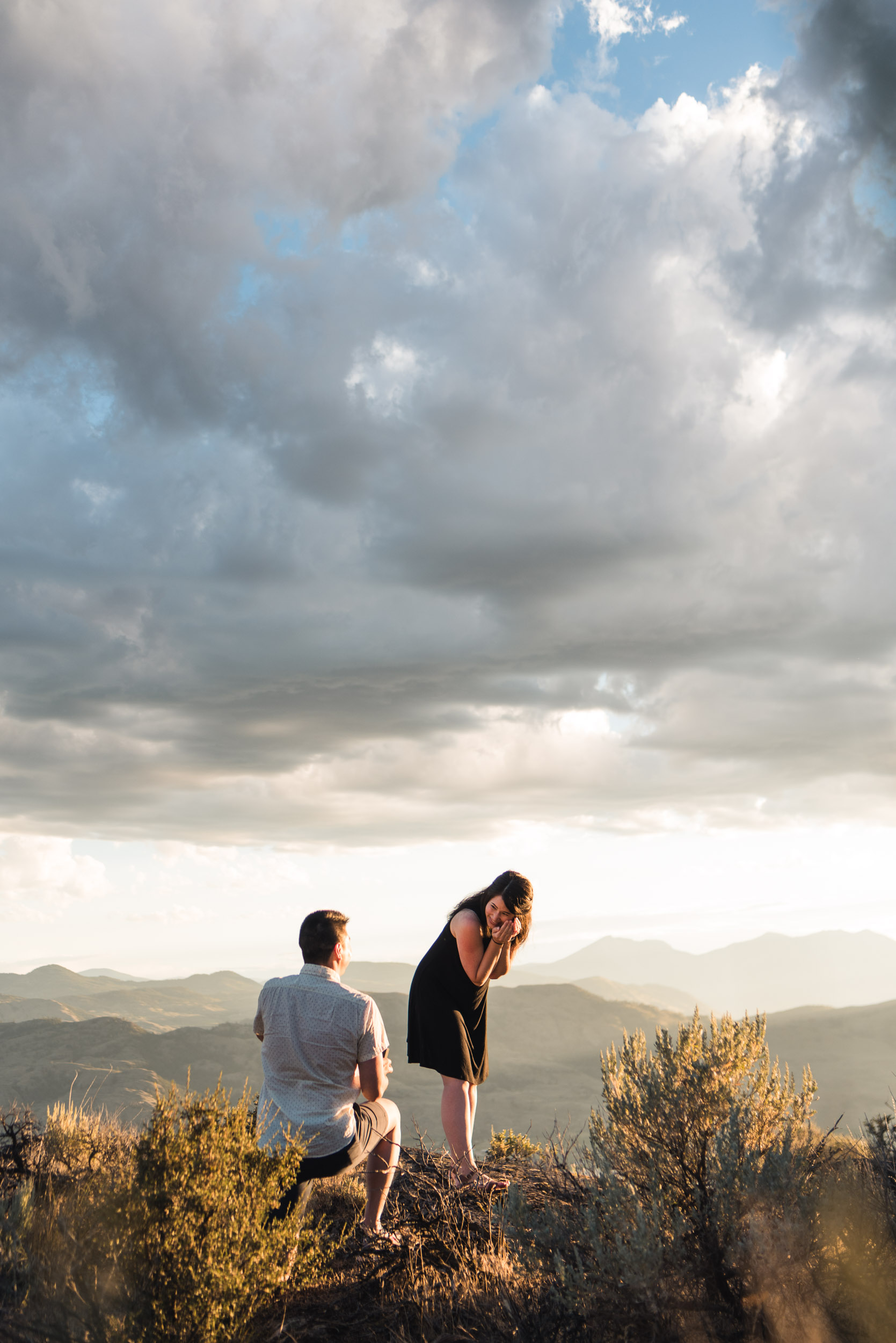 LukeMiklerPhoto_Engagements-13.jpg