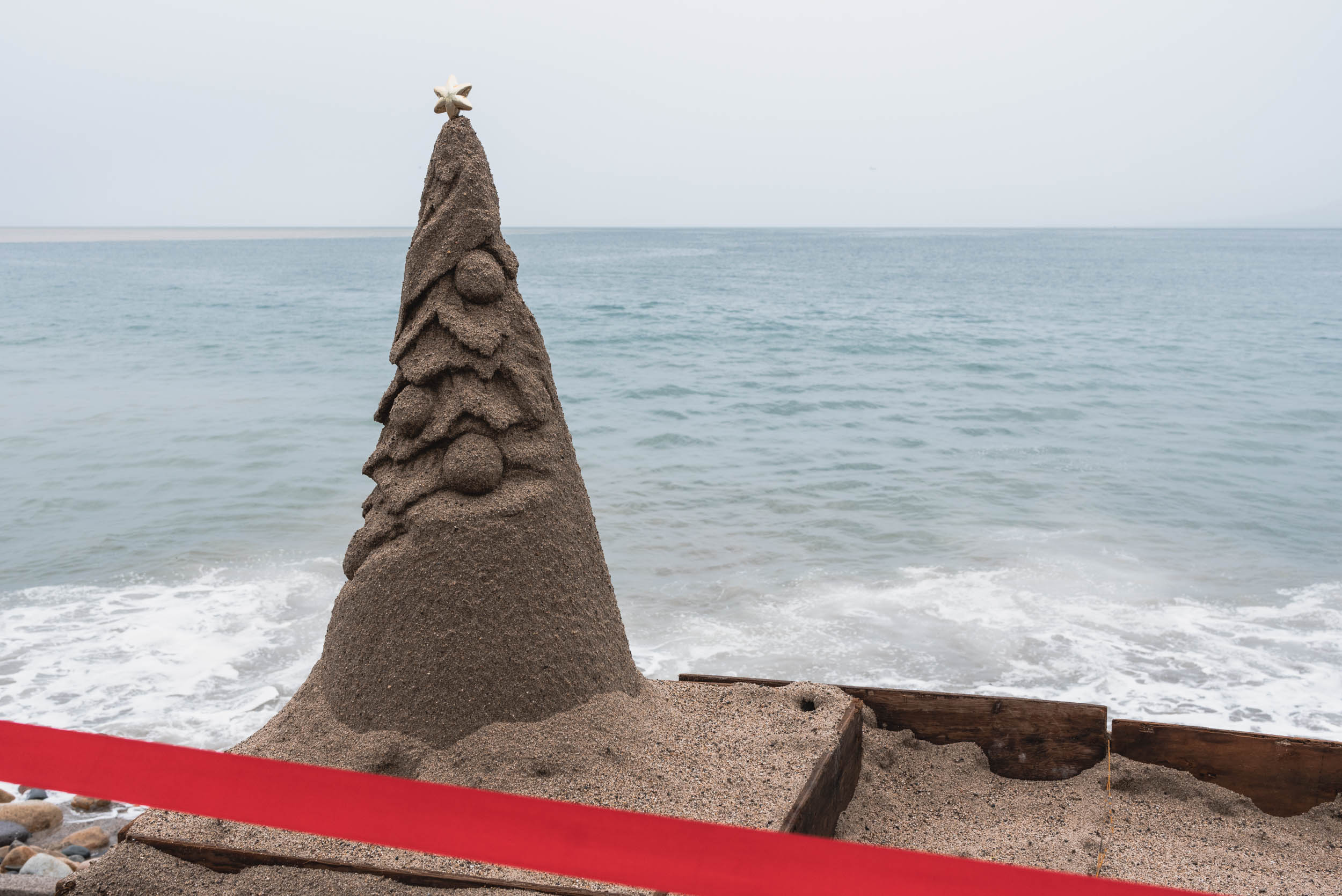 Puerto Vallarta sand Christmas tree