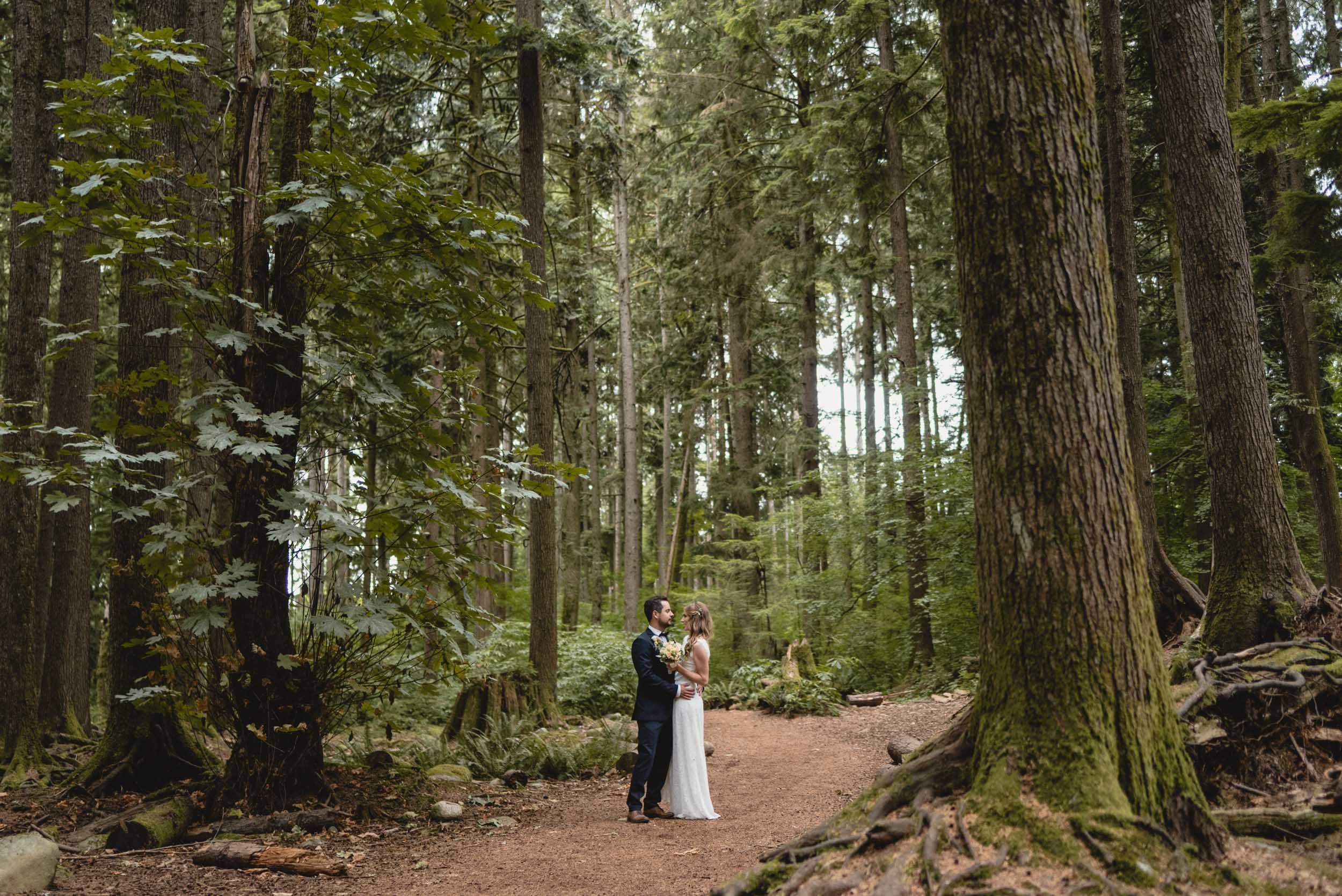 Weddings_LukeMiklerPhoto-1.jpg