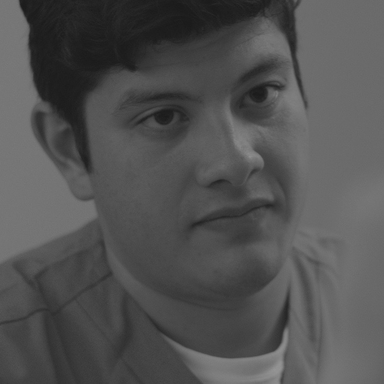 Eduardo Losan is the TECHNICIAN.  Checkout Eduardo's IMDb page  here .