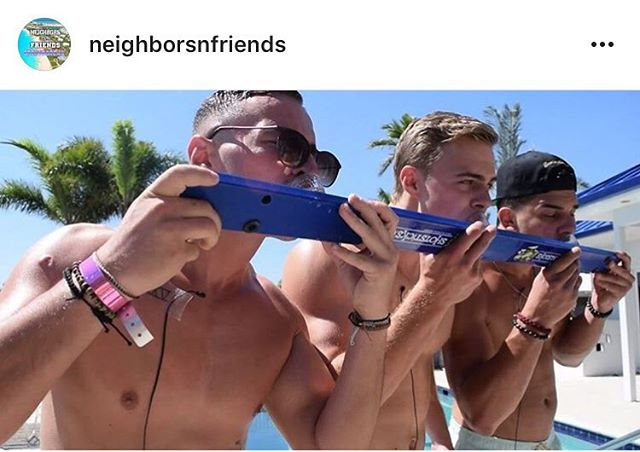 Shout out to @neighborsnfriends for putting the #shotsticks to good use. #springbreak #challenge #darty