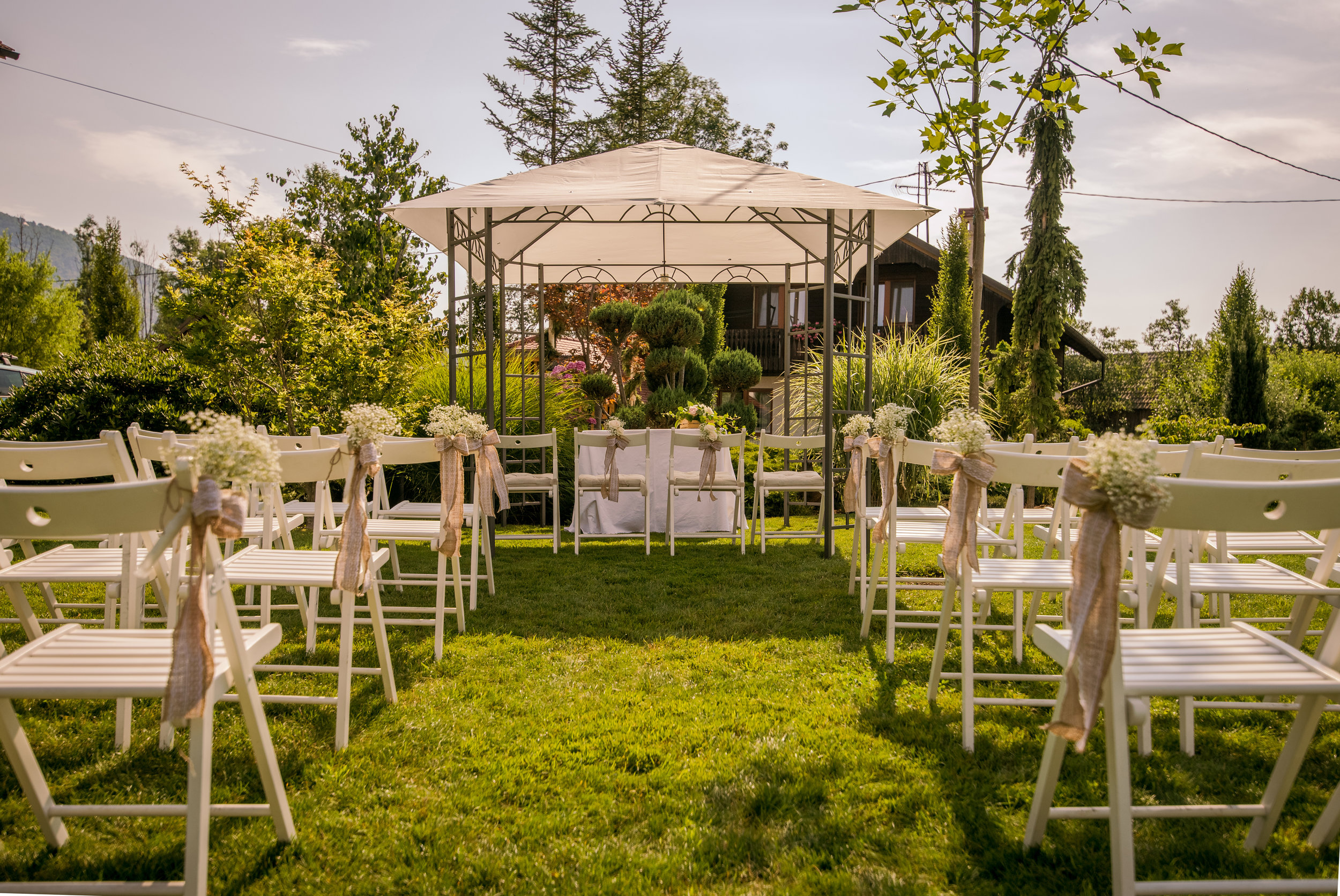 outdoor-setup-for-wedding-reception-PCPHQJP.JPG