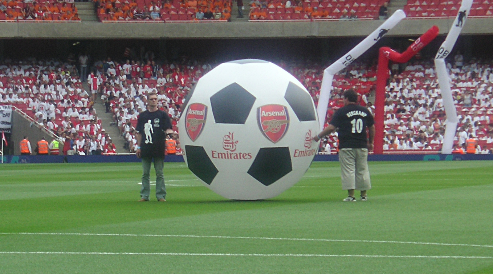 Ball Emirates1.JPG