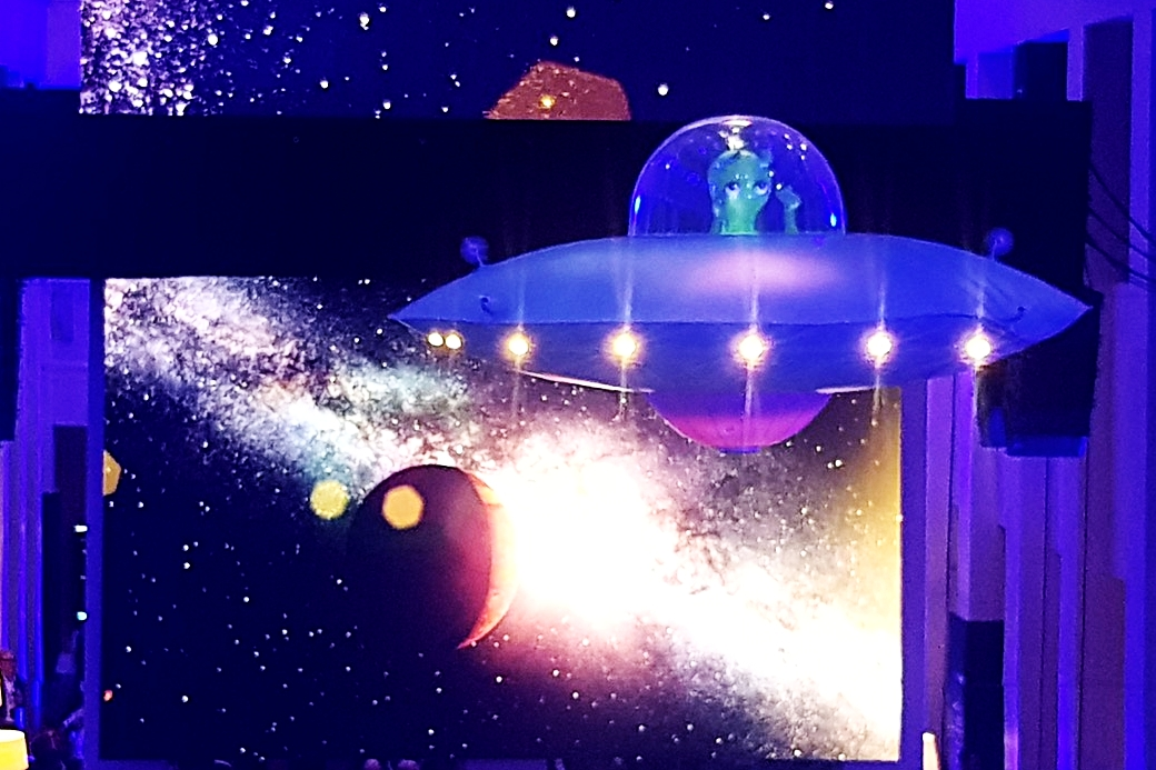 UFO with alien 6.jpeg