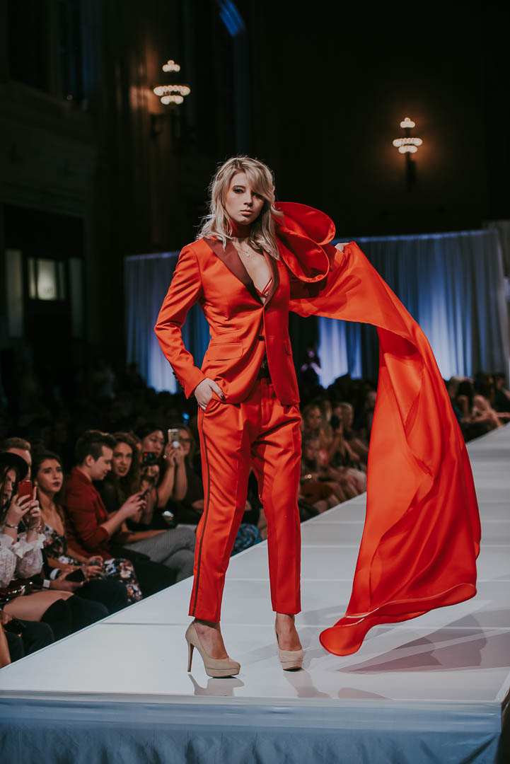 KC Fashion Week Red Suit - Red Bow