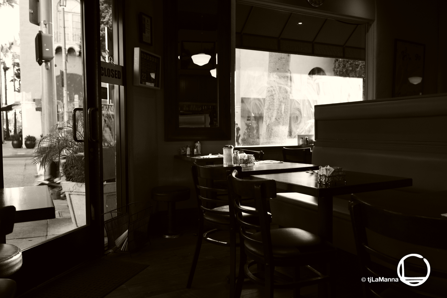 Brighton Coffee Shop, Beverly Hills. My go-to breakfast joint before hitting the Leica Gallery.  : :