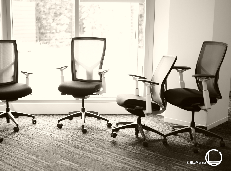 "Veritone ""chairs""  : :"