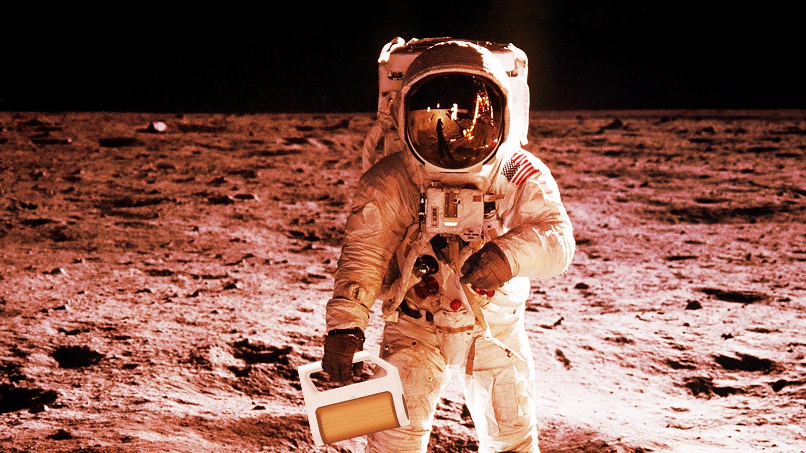 Heilos_astronauts.jpg