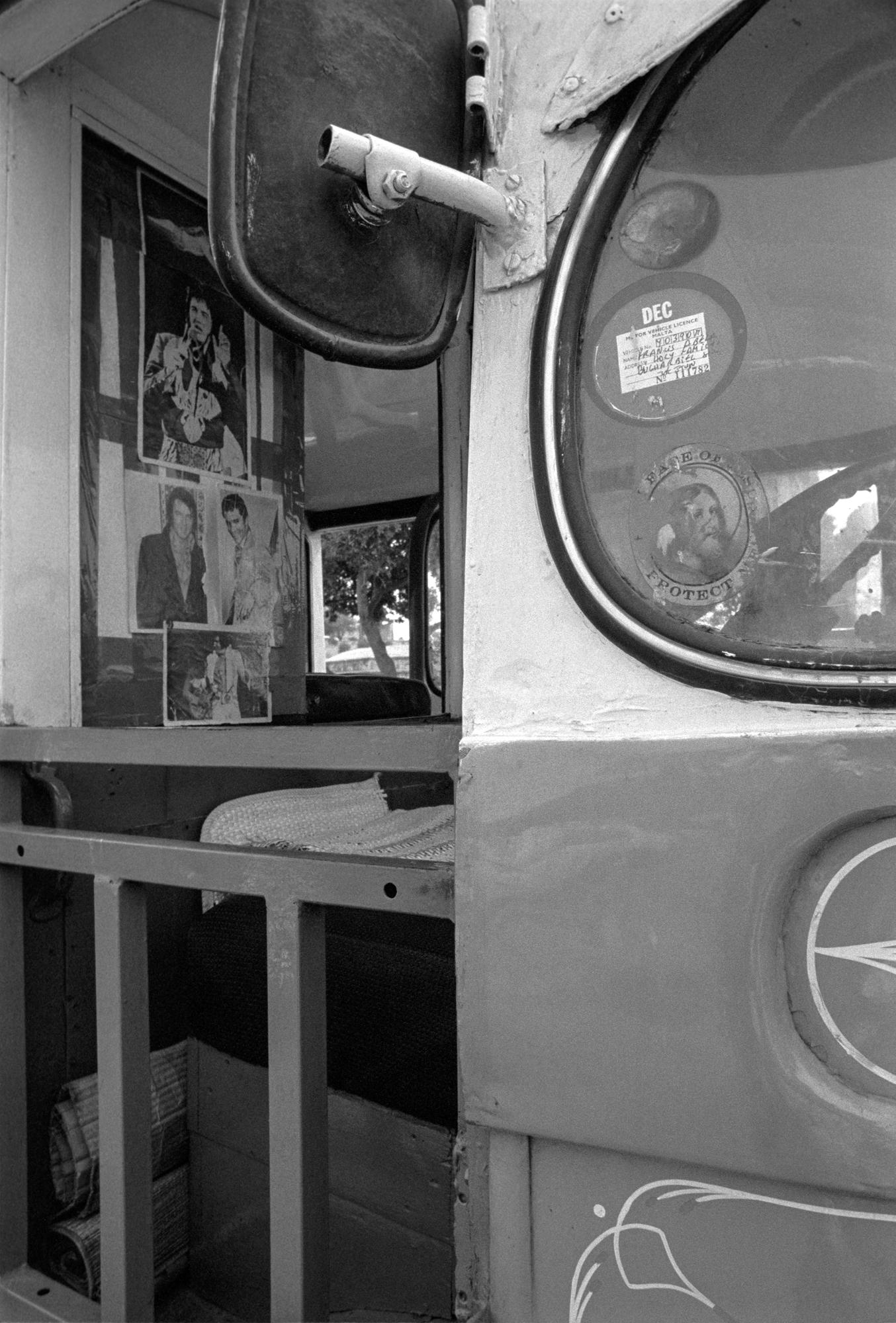 Elvis bus.jpg