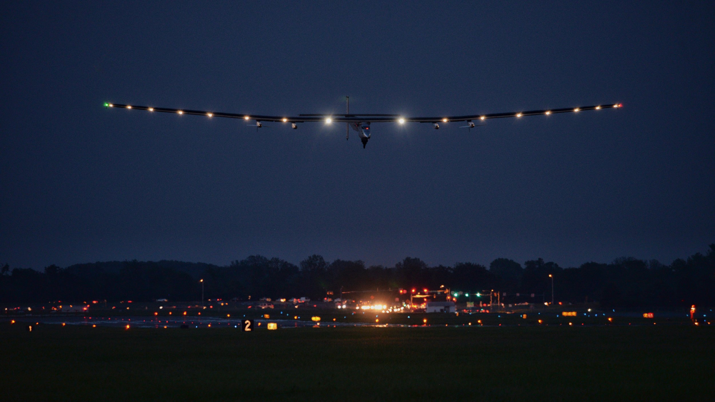 Solar Impulse 2 Landing, Lehigh Valley, Pa.