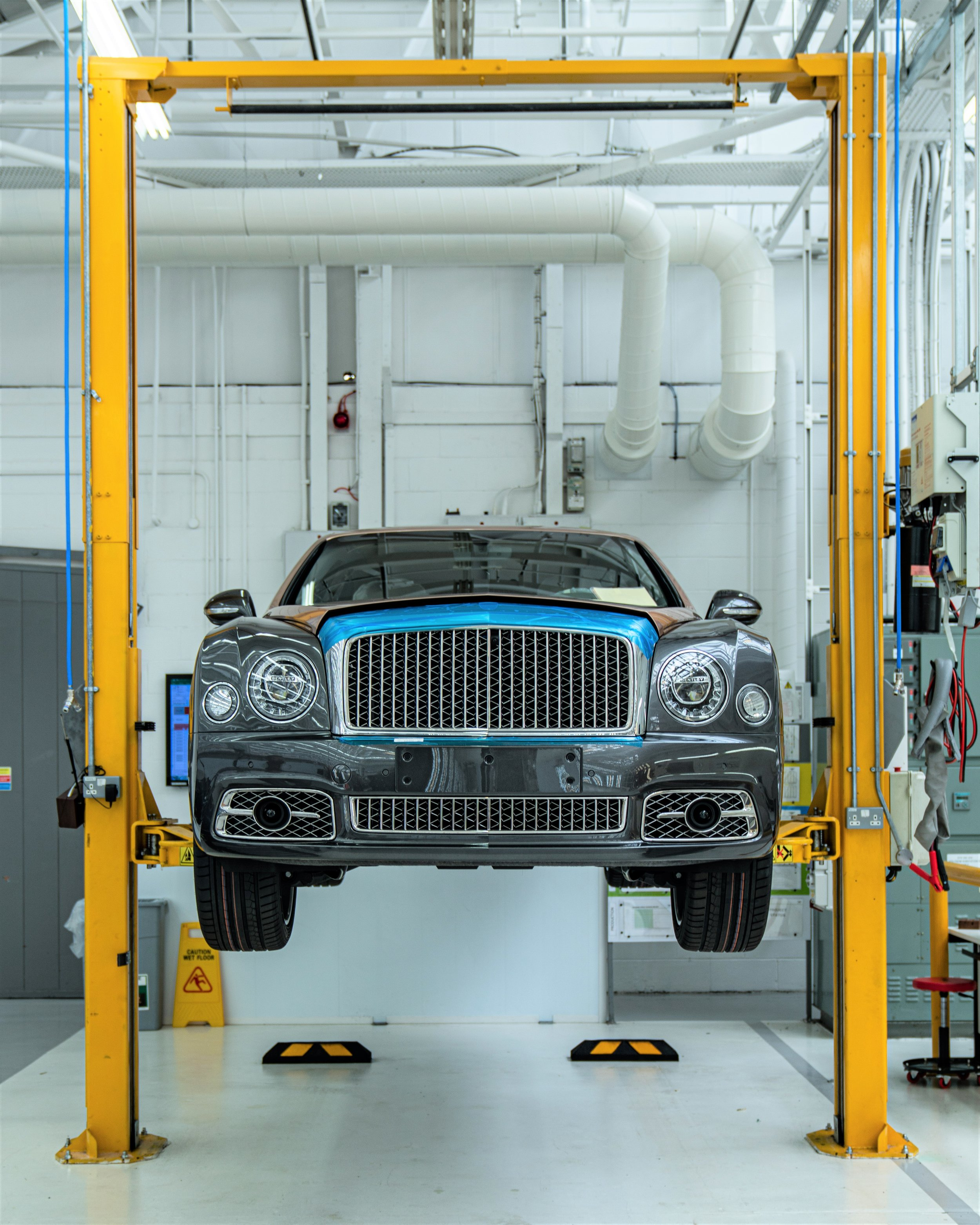 Bentley Mulsanne, at the factory