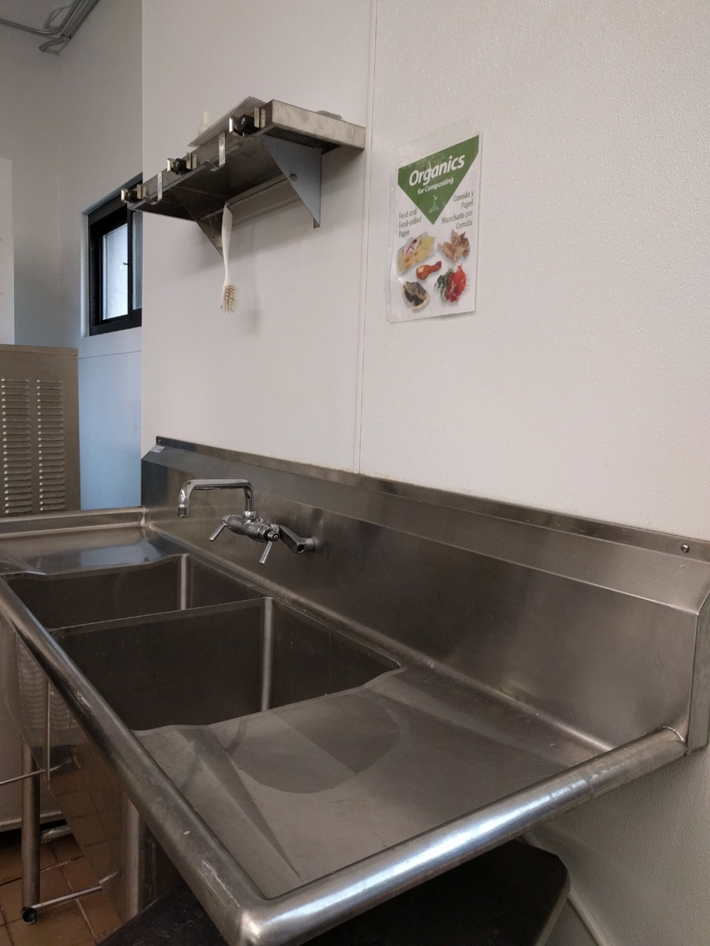 Produce Sink.jpg