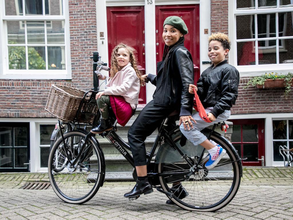 AmsterdamCycleChic-Anoma-9.jpg