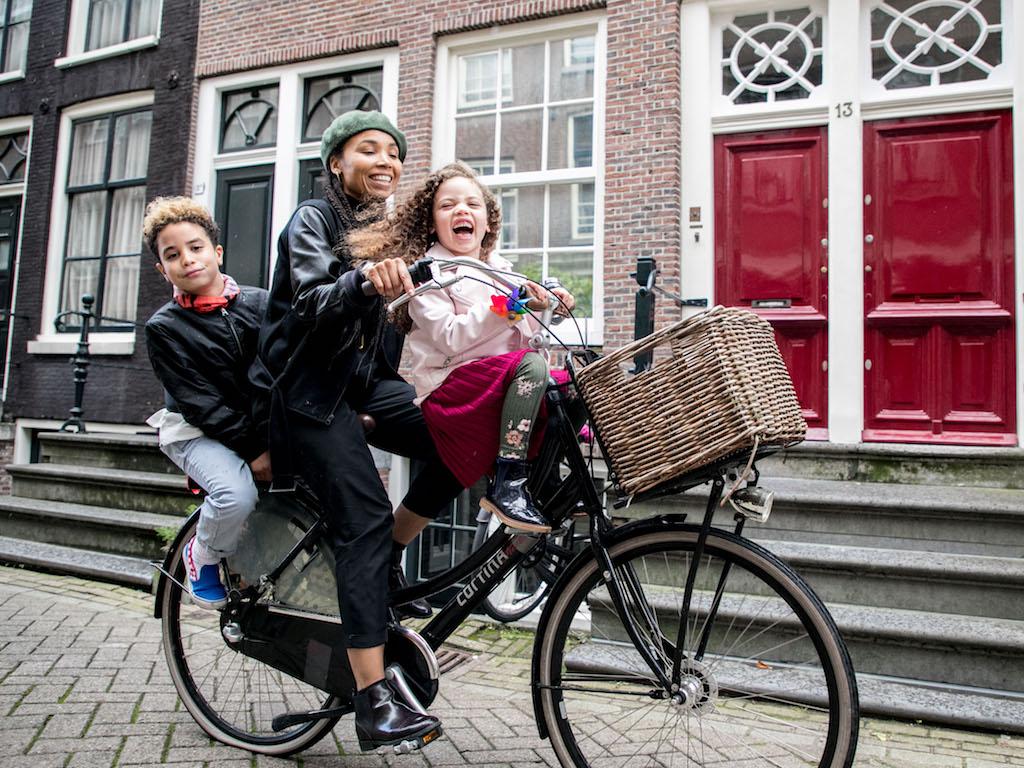 AmsterdamCycleChic-Anoma-6.jpg