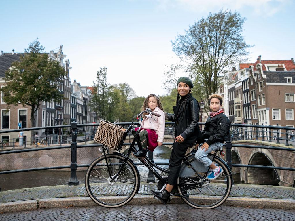 AmsterdamCycleChic-Anoma-10.jpg