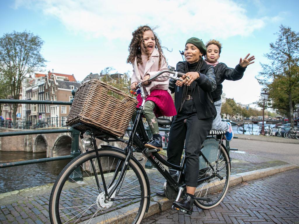 AmsterdamCycleChic-Anoma-12.jpg