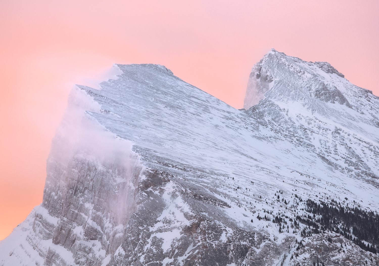 Snow Streamers, Mount Rundle,   A windy dawn on Mount Rundle, near Banff (February 10, 2017)