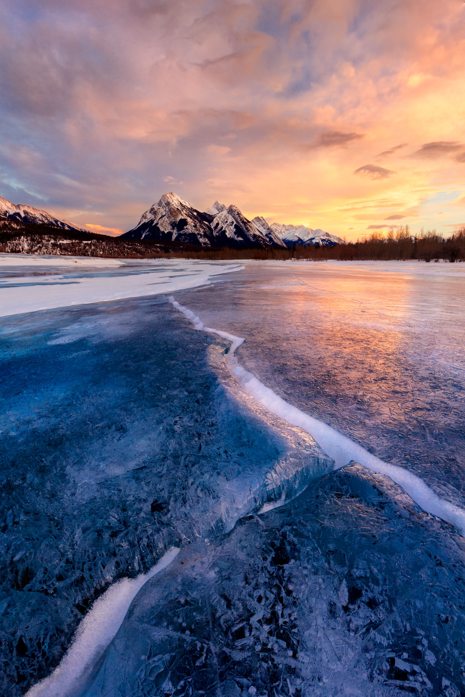 Afterglow,   Abraham Lake