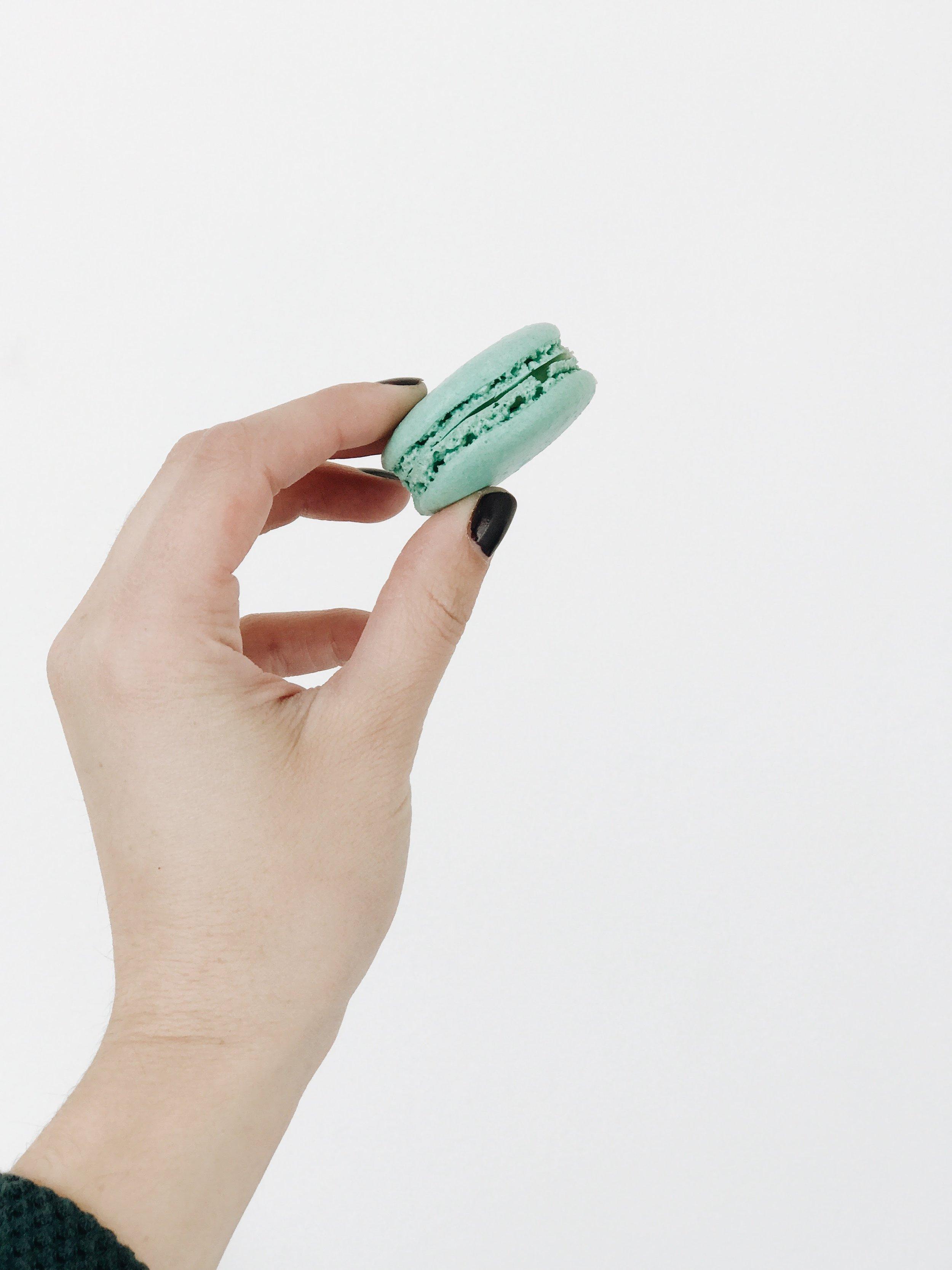 Mint-Macaroon-Laduree.jpg
