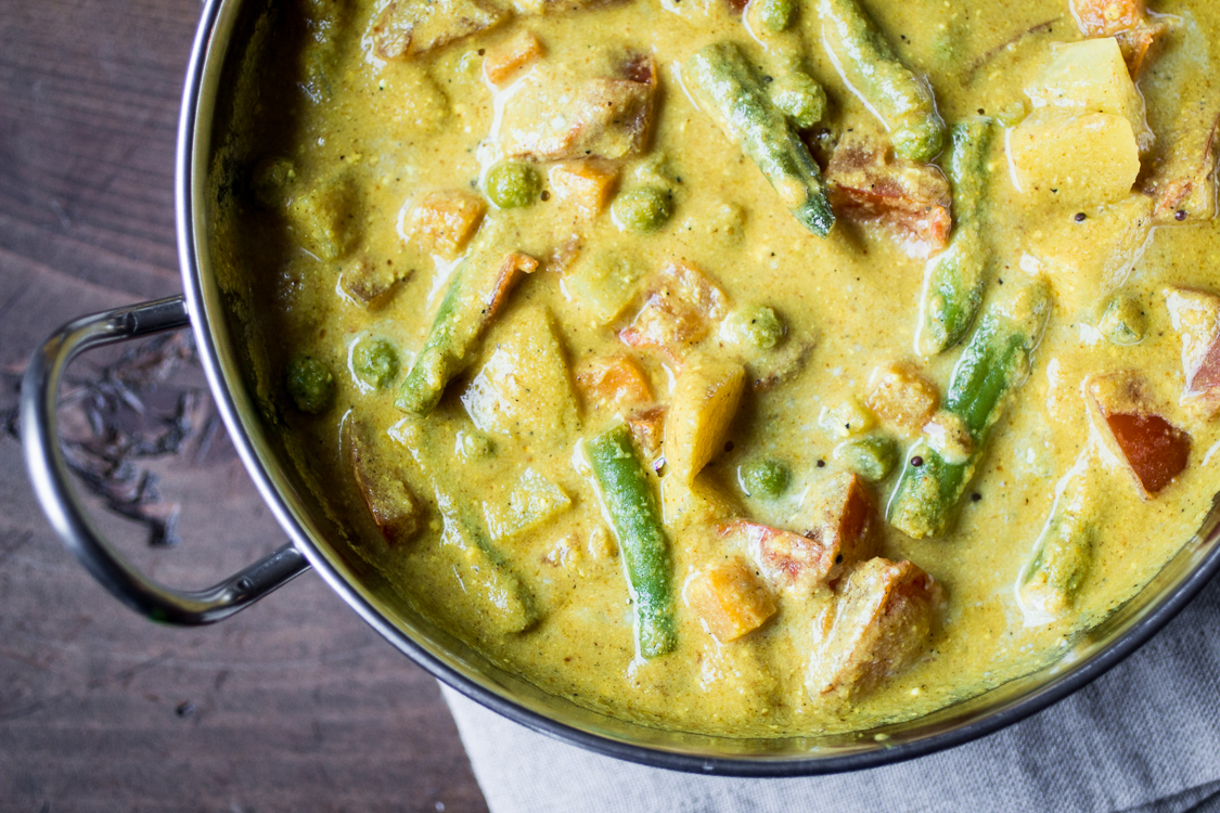 Coconut Curry - a variety of fresh vegetables with ricethe option to add chicken or tofu