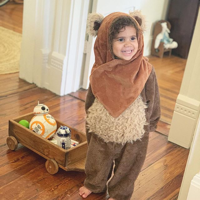 The Ewok that stole my heart !🐻😍 . . . Had a Nerf battle with the kids this morning and they all dressed up in their Star Wars costumes for the skirmish. By far, this little one gets me every time she pulls her little Ewok costume out. We picked up this dress up gem at the Disney Store a while back and it is the Christmas gift that keeps giving. Originally, I probably bought it out of the nostalgia of my own childhood, but it turned out to be a huge hit with my little ones—especially this one. She just loves wearing it and will randomly get it out for playtimes. It's actually a good cushion for the nerf bullets flying all over the house and shields her nicely. Anyways, this was too cute not to share with you guys. I. Can't. Take. ITTTTT!!! ❤️💯😍 #Disney #StarWars #Ewok #Costume #MayTheForceBeWithYou #cutekids #daddysgirl #Nerf #Sphero #BB8 #r2d2