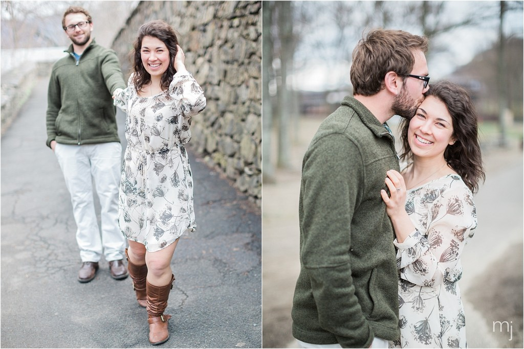 engagement_shoot_walk_in_park_boston_wedding_photographer_couple_bear_mountain_14