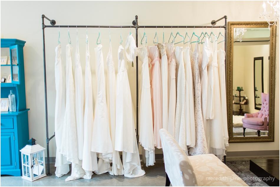 head_over_heels_bridal_mashpee_commons_boston_cape_cod_wedding_photographer_photo_0774