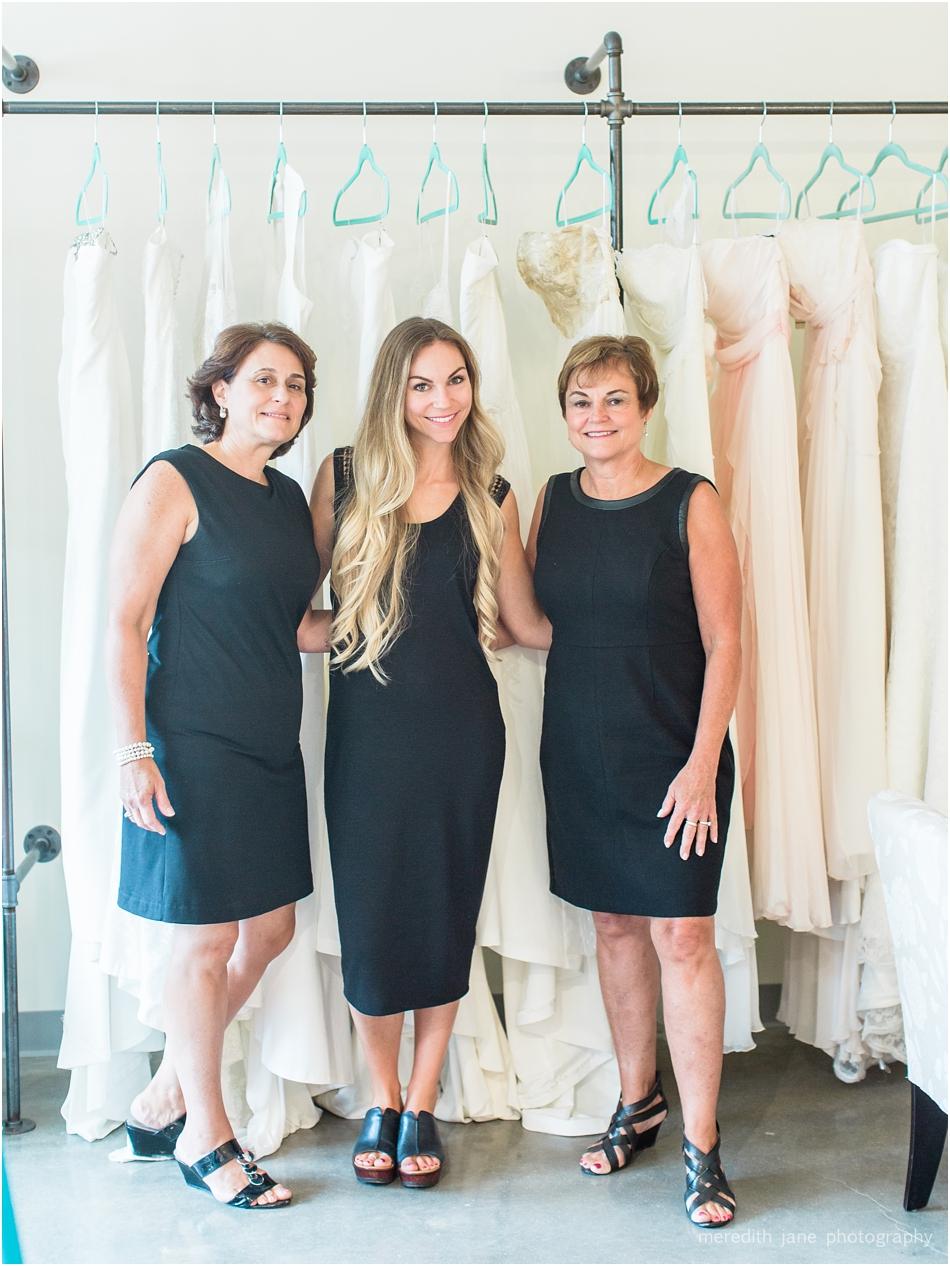 head_over_heels_bridal_mashpee_commons_boston_cape_cod_wedding_photographer_photo_0794