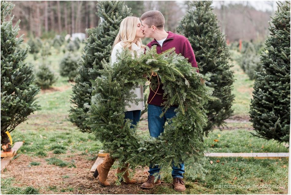 mistletoe_holiday_tree_farm_christmas_boston_massachusetts_engagement_fall_cape_cod_wedding_photographer_Meredith_Jane_Photography_photo_1003.jpg