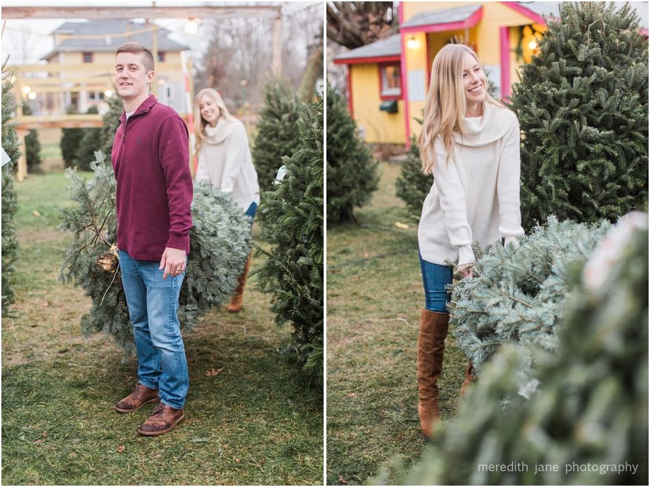 mistletoe_holiday_tree_farm_christmas_boston_massachusetts_engagement_fall_cape_cod_wedding_photographer_Meredith_Jane_Photography_photo_1016.jpg