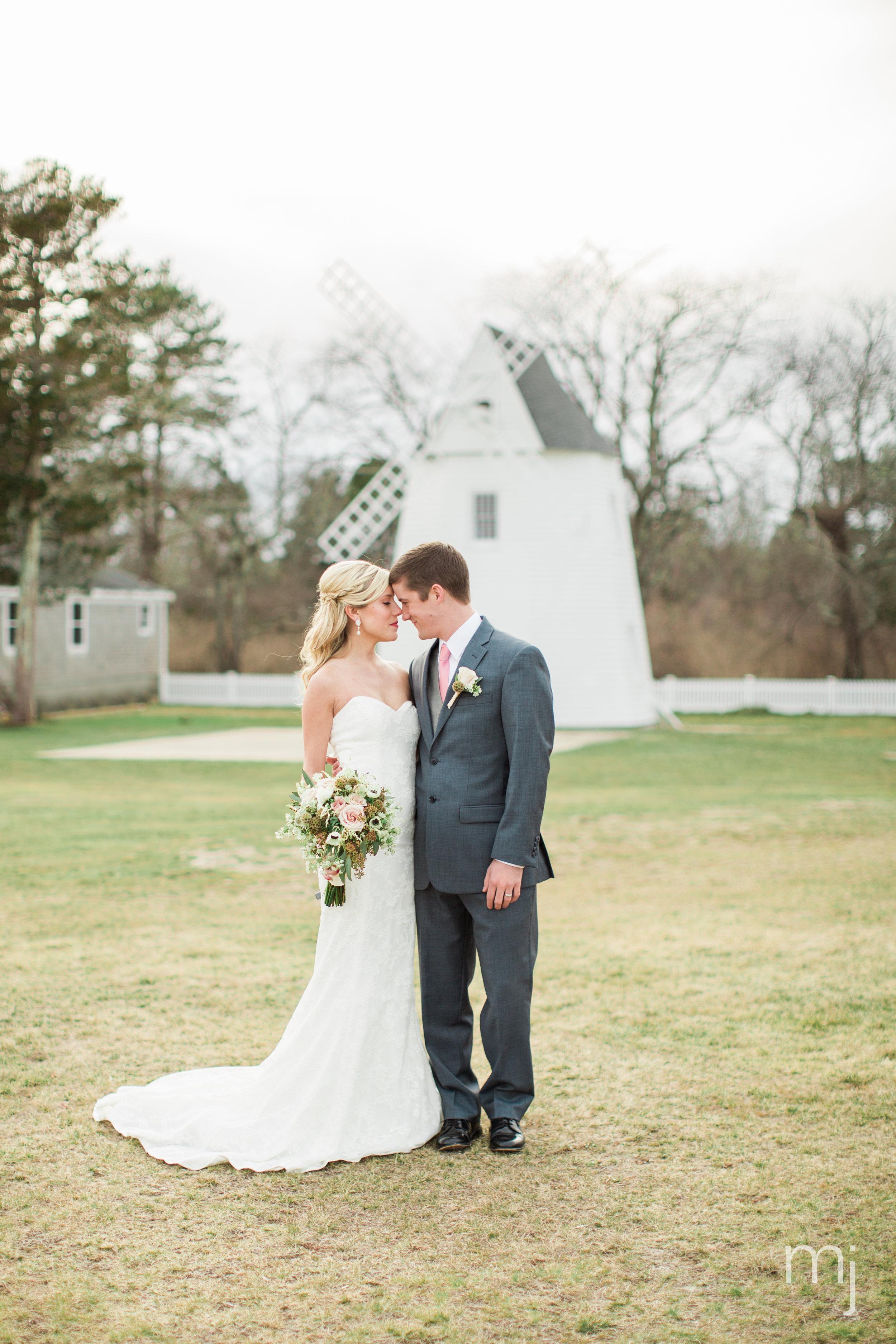 traveler-suitcase-wedding-aviator-airfield-cape-cod-marston-mills-boston-wedding-photographer-0376.jpg