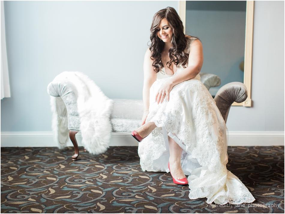 black_swan_country_club_georgetown_christmas_boston_massachusetts_winter_cape_cod_wedding_photographer_Meredith_Jane_Photography_photo_1032.jpg
