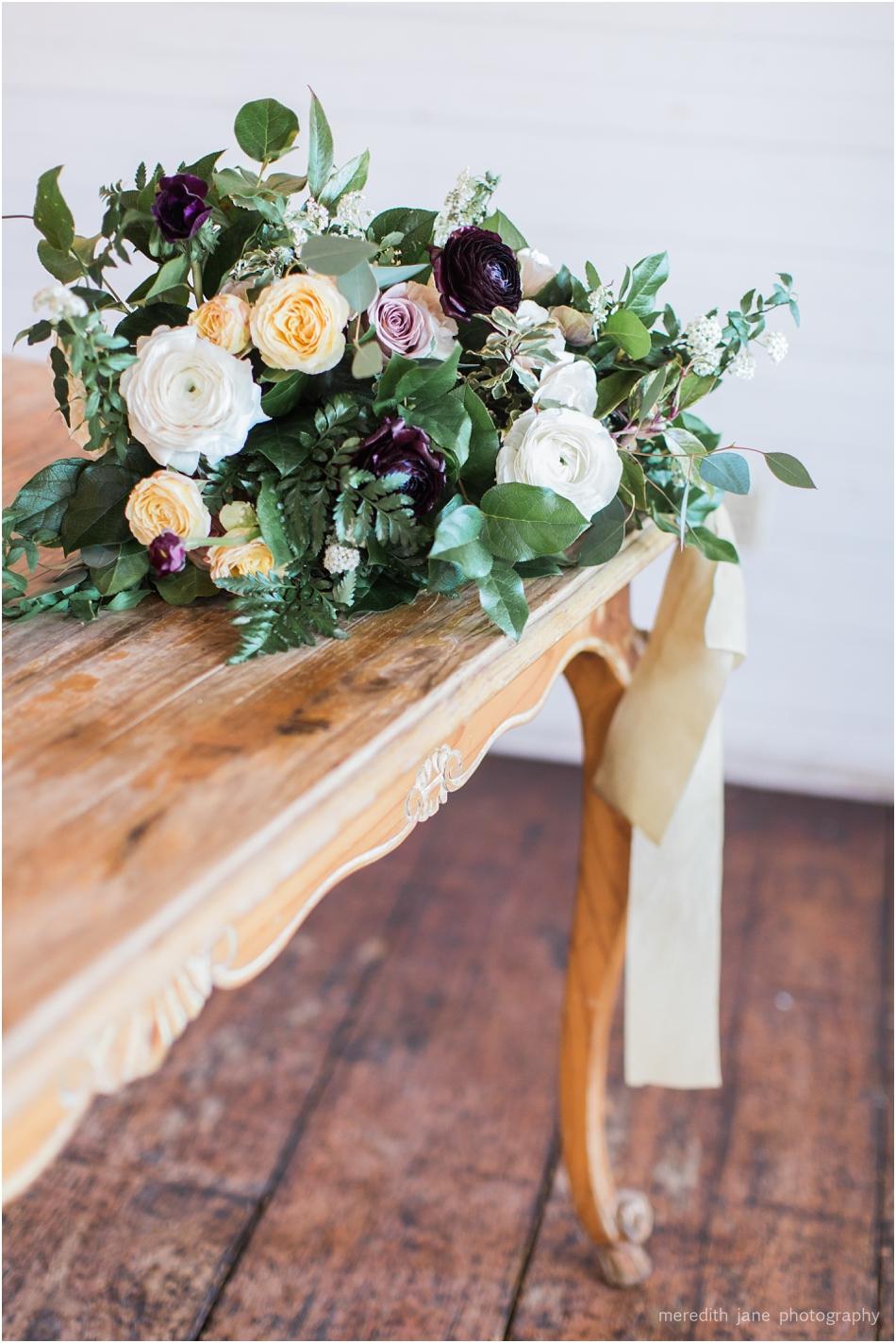 gedney_farm_styled_boston_massachusetts_cape_cod_new_england_wedding_photographer_Meredith_Jane_Photography_photo_1199.jpg