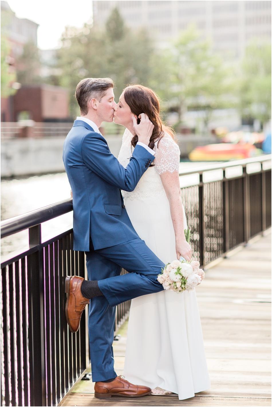 commonwealth_market_restaurant_roofdeck_ceremony_cambridge_boston_massachusetts_cape_cod_new_england_wedding_photographer_Meredith_Jane_Photography_photo_1351.jpg