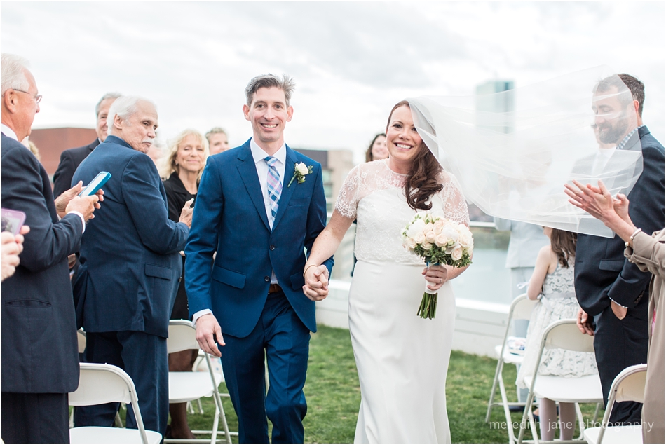 commonwealth_market_restaurant_roofdeck_ceremony_cambridge_boston_massachusetts_cape_cod_new_england_wedding_photographer_Meredith_Jane_Photography_photo_1358.jpg