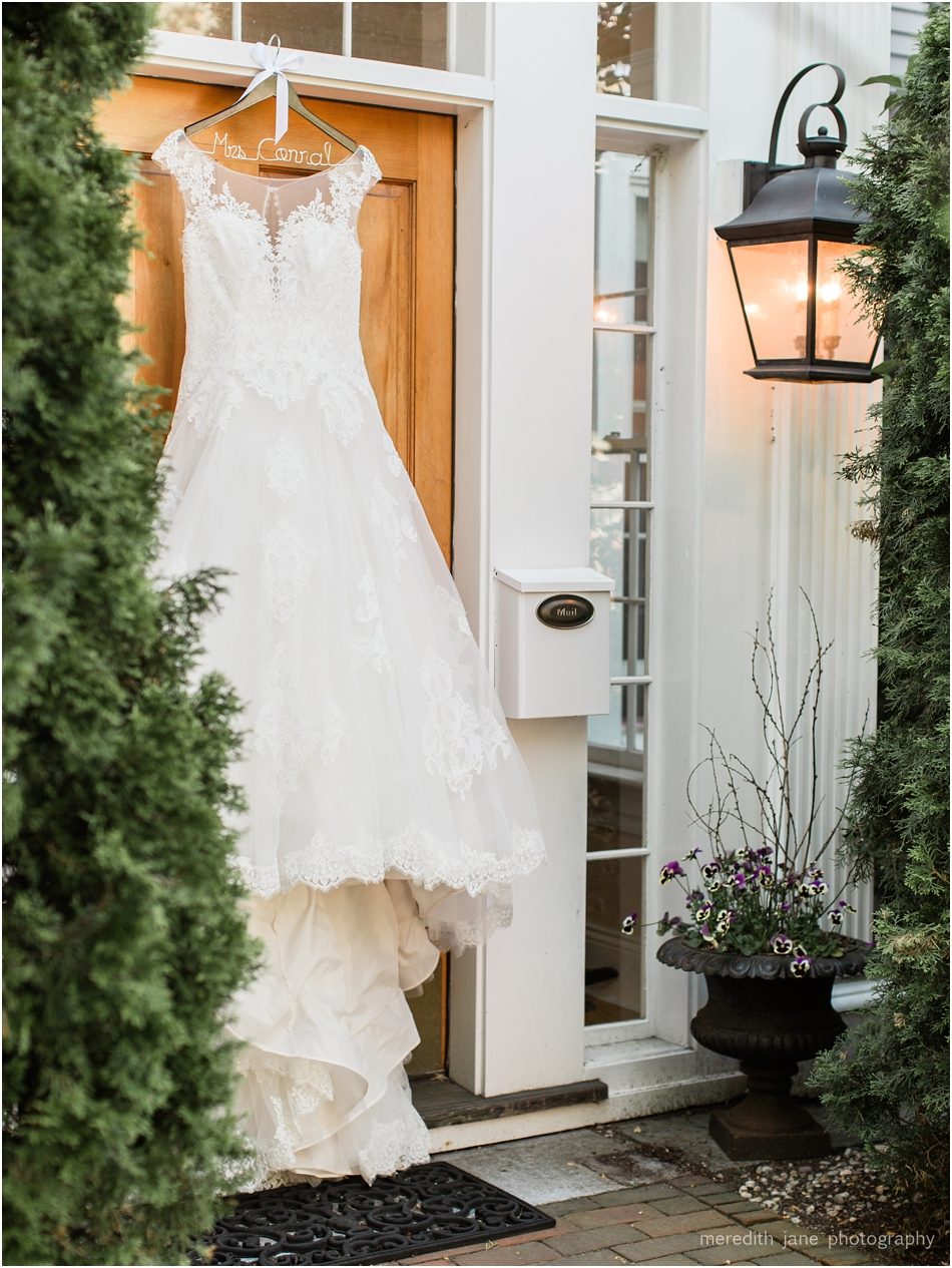 newburyport_custom_house_maritime_museum_the_compass_rose_inn_andiamo_restaurant_boston_massachusetts_cape_cod_new_england_wedding_photographer_Meredith_Jane_Photography_photo_1404.jpg
