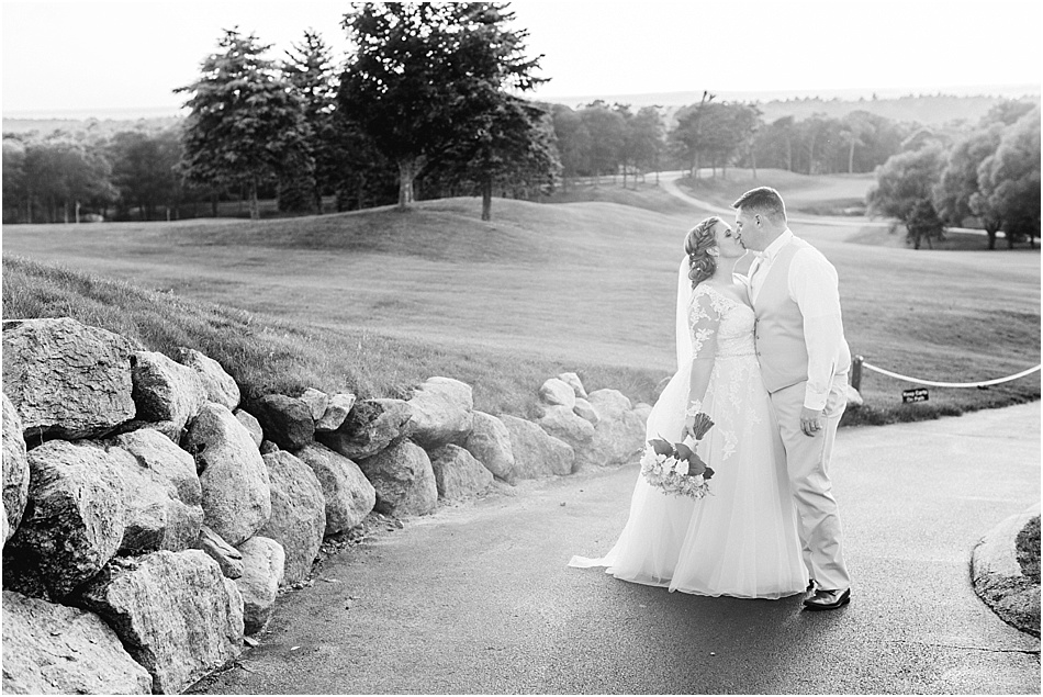 brookside_country_club_cape_cod_boston_wedding_photographer_Meredith_Jane_Photography_photo_0152.jpg