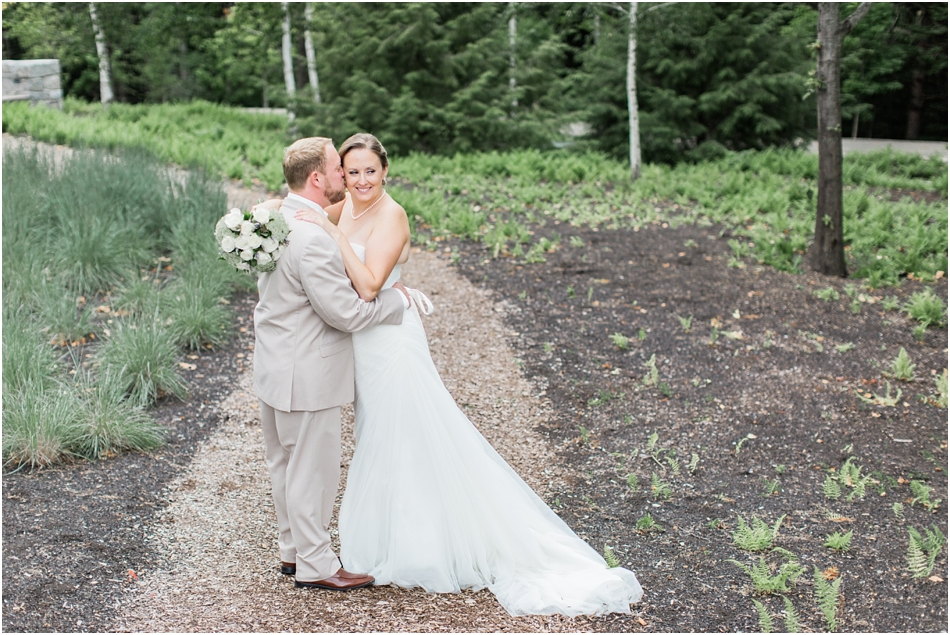 alnoba_marie_kevin_new_hampshire_boston_massachusetts_cape_cod_new_england_wedding_photographer_Meredith_Jane_Photography_photo_1995.jpg