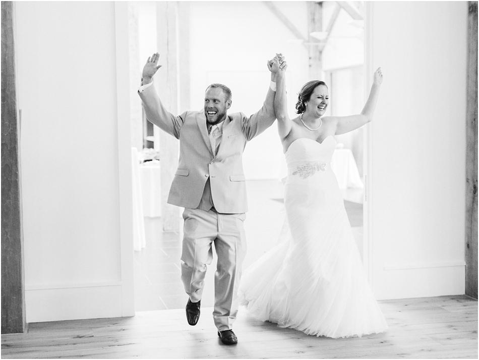 alnoba_marie_kevin_new_hampshire_boston_massachusetts_cape_cod_new_england_wedding_photographer_Meredith_Jane_Photography_photo_2005.jpg