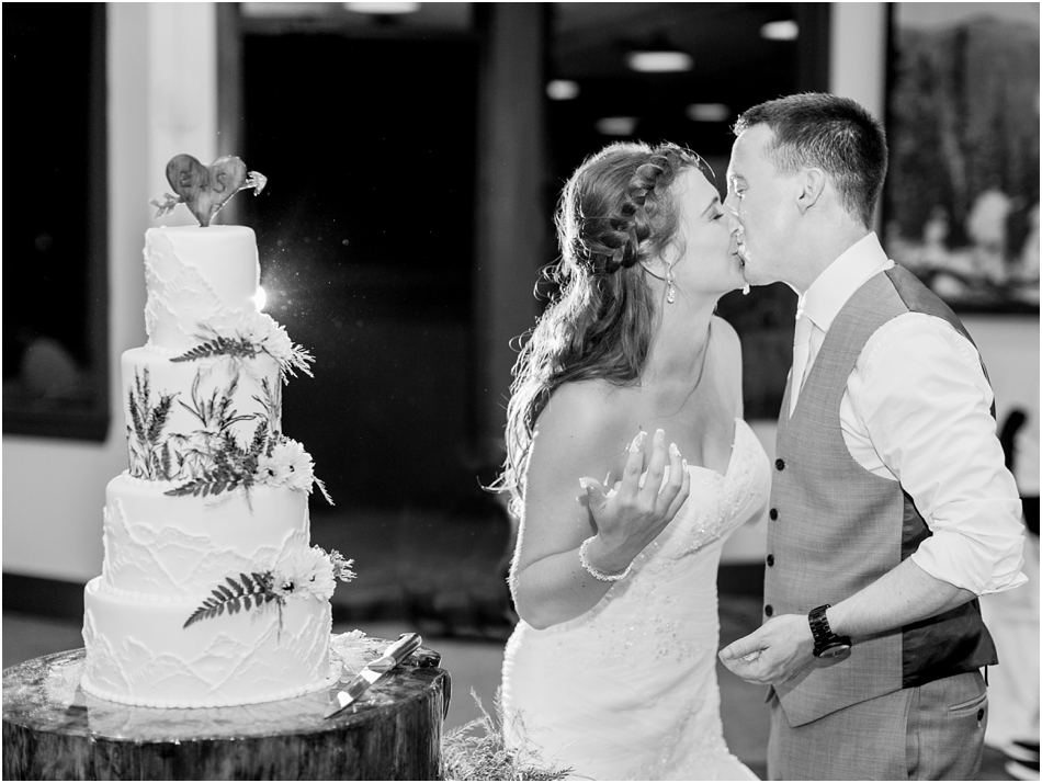 wildcat_mountain_massachusetts_cape_cod_new_england_wedding_photographer_Meredith_Jane_Photography_photo_2188.jpg