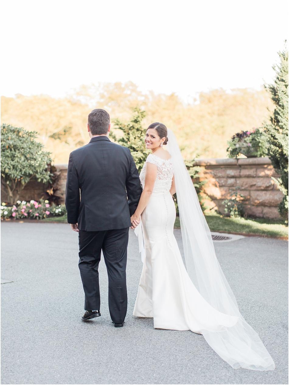 ocean_cliff_hotel_resort_st_mary_newport_kellianne_mike_cape_cod_boston_new_england_wedding_photographer_Meredith_Jane_Photography_photo_0075.jpg