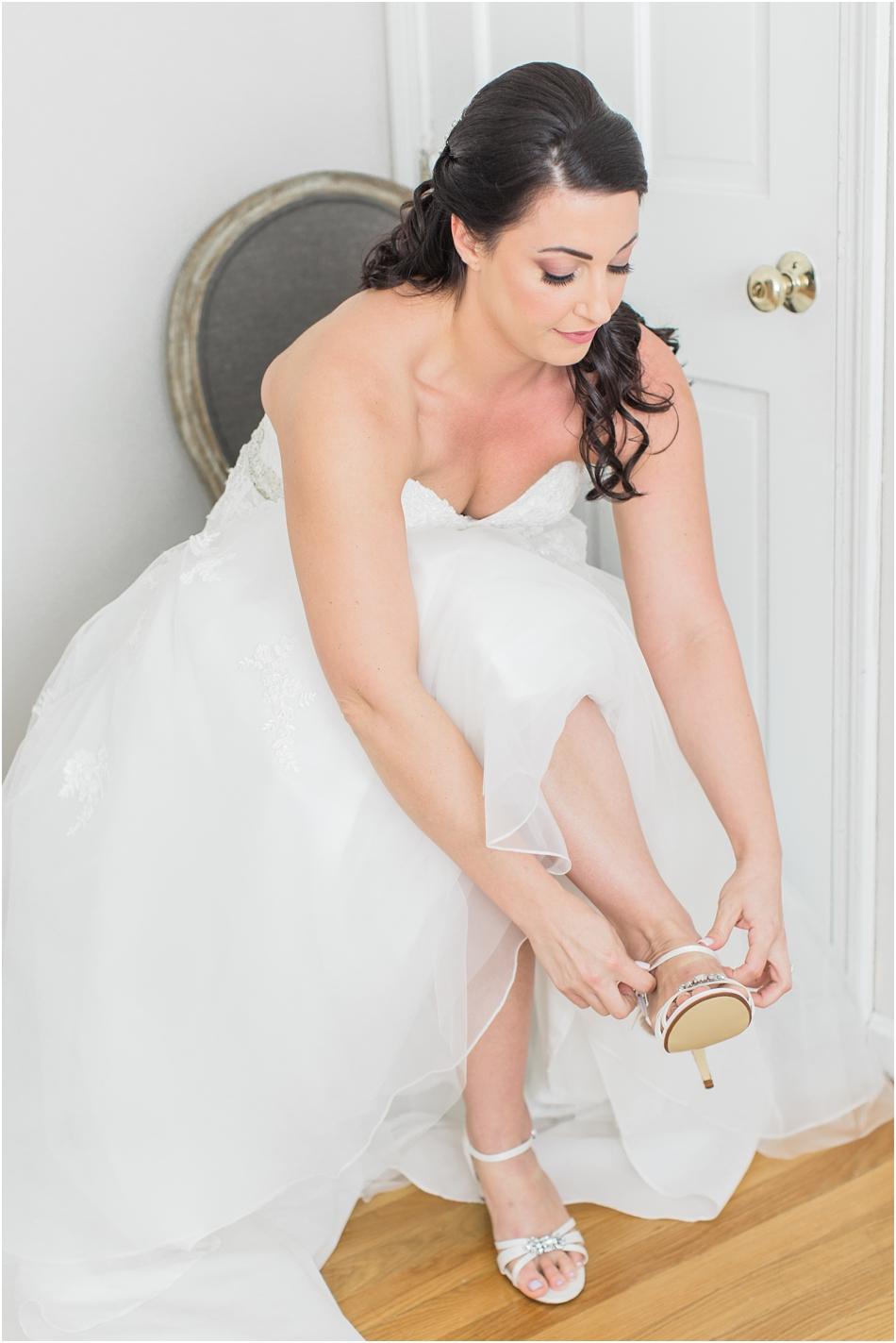 north_reading_lauren_sal_ballroom_cape_cod_boston_new_england_wedding_photographer_Meredith_Jane_Photography_photo_0103.jpg
