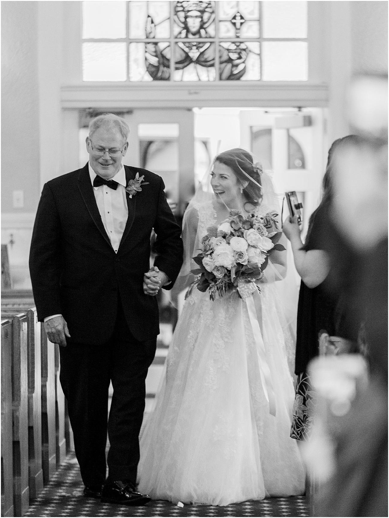 courtney_kurt_cape_cod_popponessett_inn_dowses_beach_boston_wedding_meredith_jane_photography_photo_0033.jpg