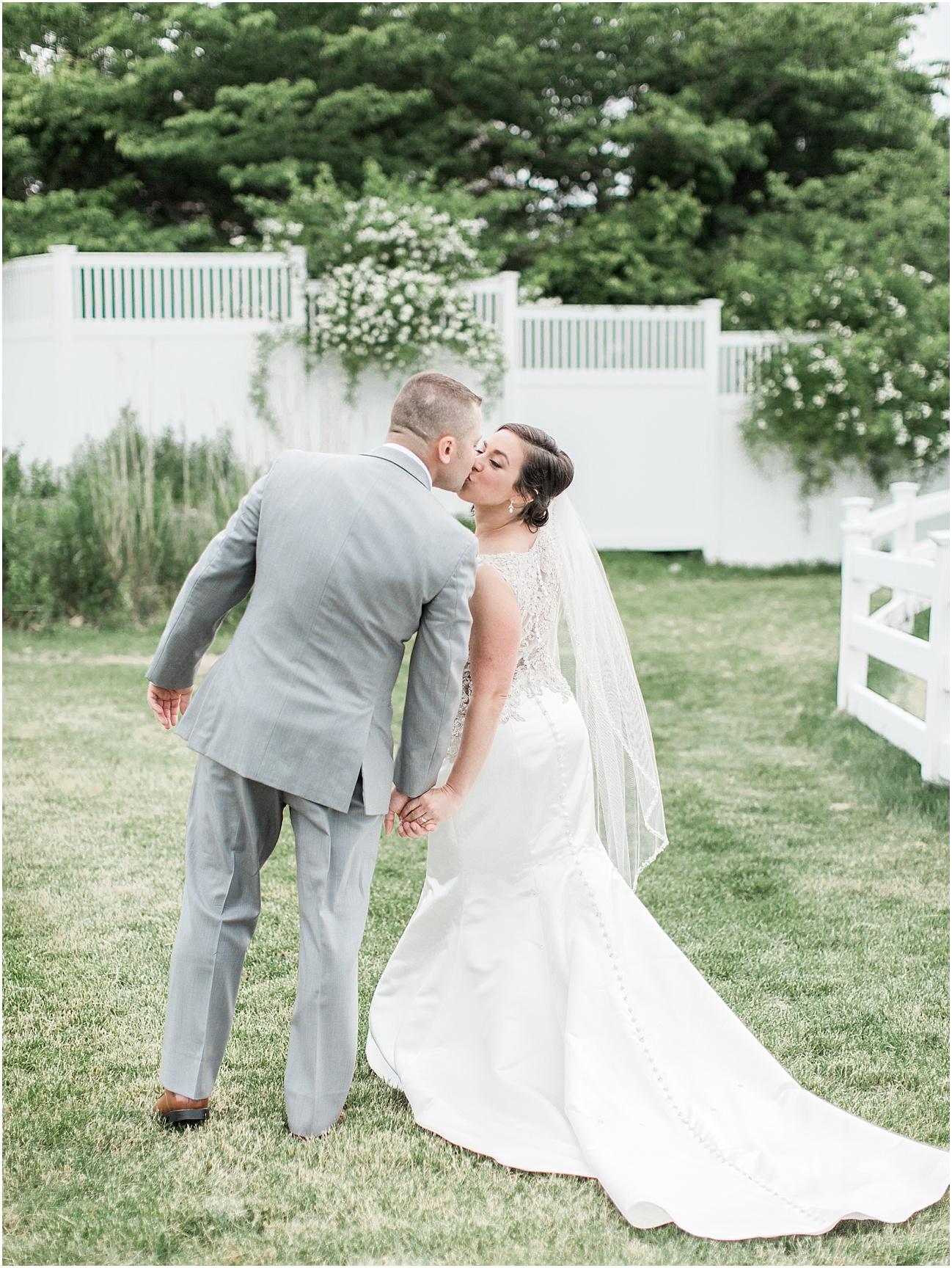 nicole_stephen_cape_club_nicky_falmouth_cod_boston_wedding_photographer_meredith_jane_photography_photo_0178.jpg
