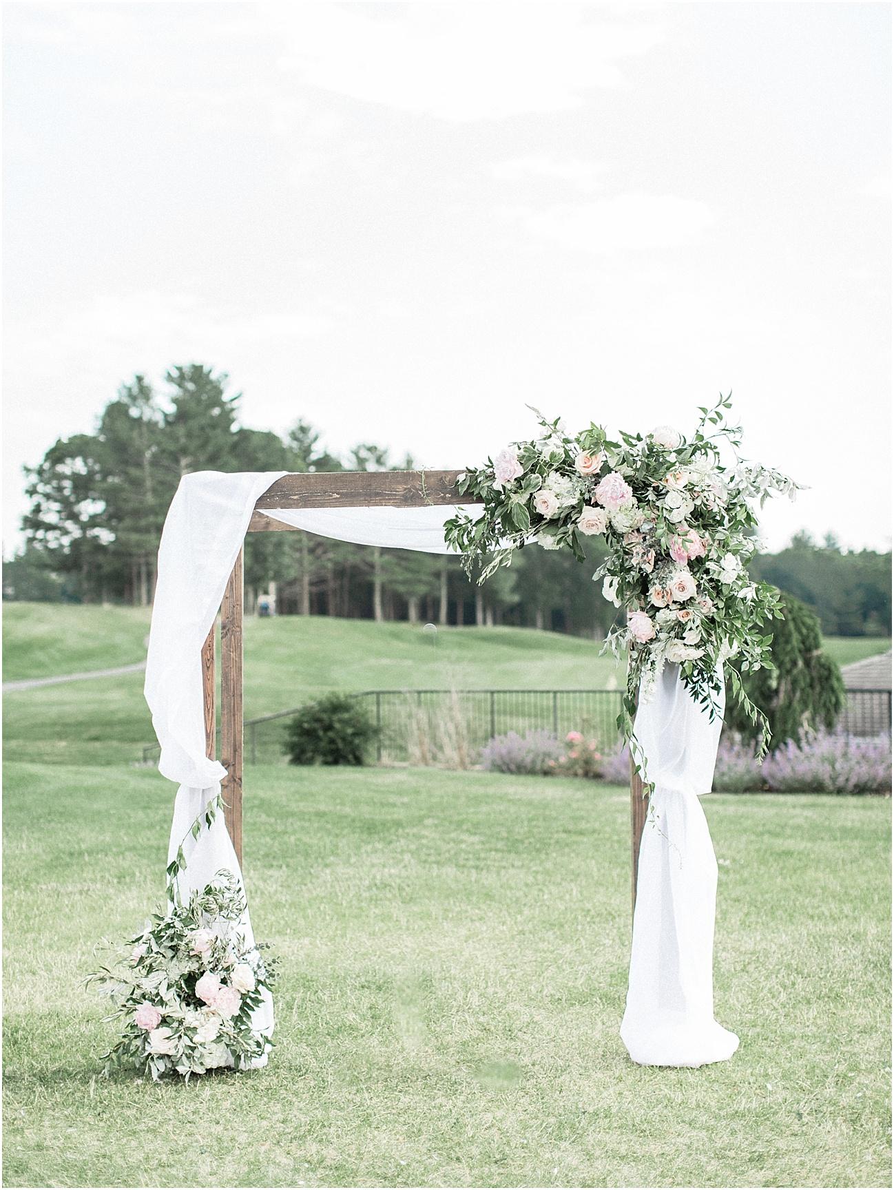 lindsey_paul_indian_pond_country_club_wild_dahlia_brewster_gardens_plymouth_cape_cod_boston_wedding_photographer_meredith_jane_photography_photo_0387.jpg