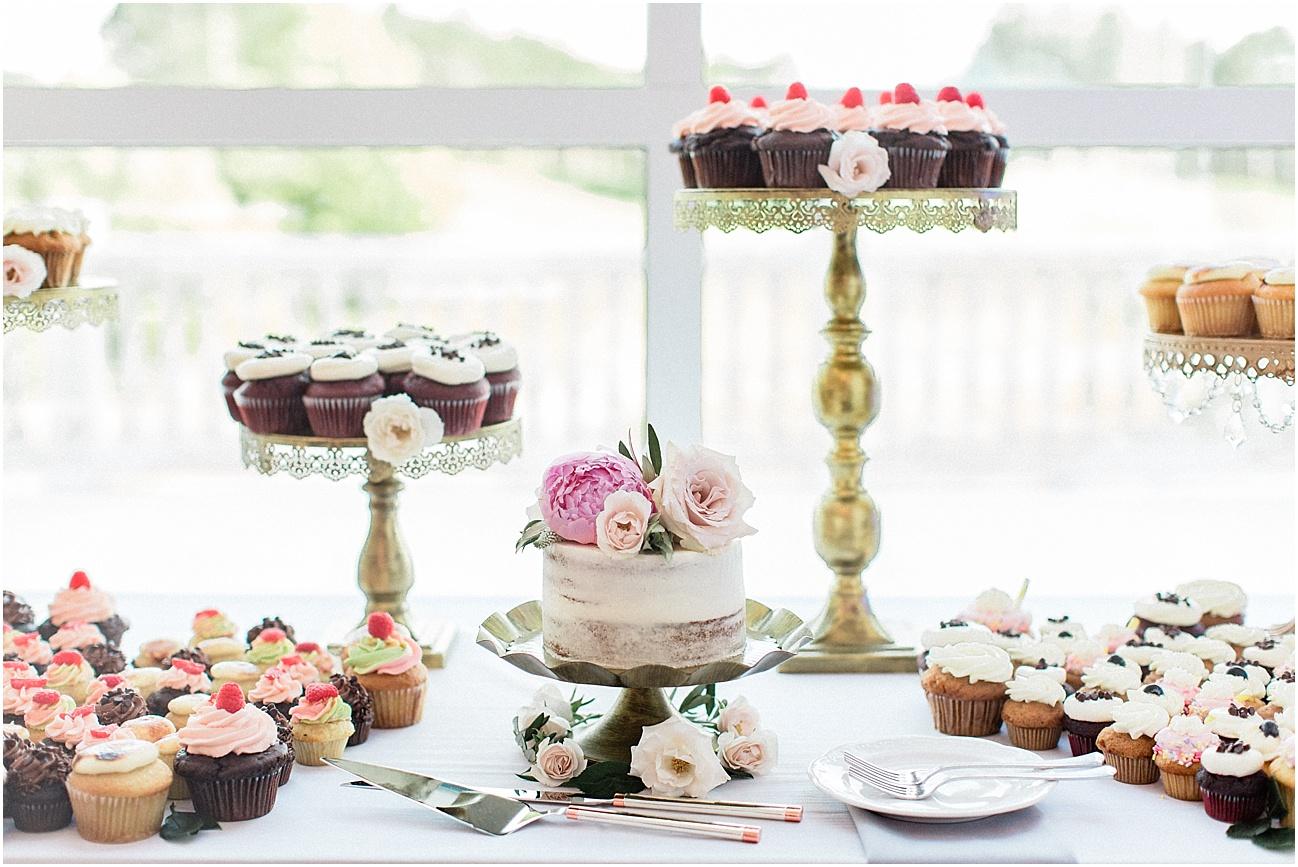 lindsey_paul_indian_pond_country_club_wild_dahlia_brewster_gardens_plymouth_cape_cod_boston_wedding_photographer_meredith_jane_photography_photo_0394.jpg