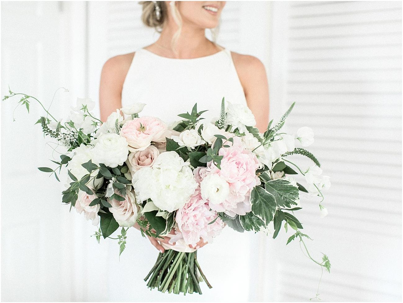 lindsey_paul_indian_pond_country_club_wild_dahlia_brewster_gardens_plymouth_cape_cod_boston_wedding_photographer_meredith_jane_photography_photo_0414.jpg