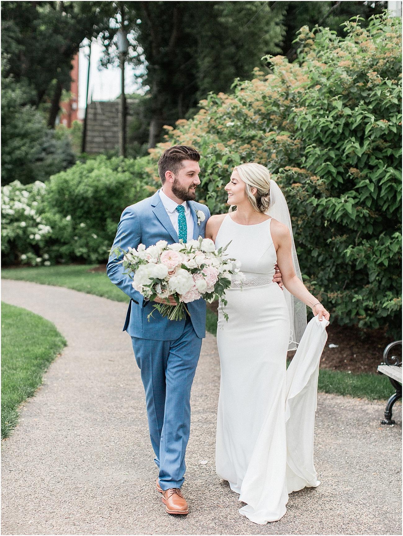 lindsey_paul_indian_pond_country_club_wild_dahlia_brewster_gardens_plymouth_cape_cod_boston_wedding_photographer_meredith_jane_photography_photo_0416.jpg