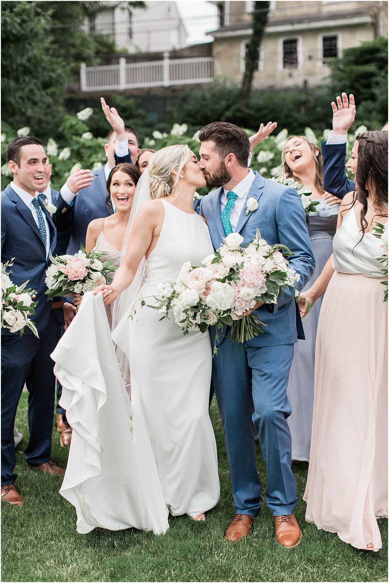 lindsey_paul_indian_pond_country_club_wild_dahlia_brewster_gardens_plymouth_cape_cod_boston_wedding_photographer_meredith_jane_photography_photo_0419.jpg