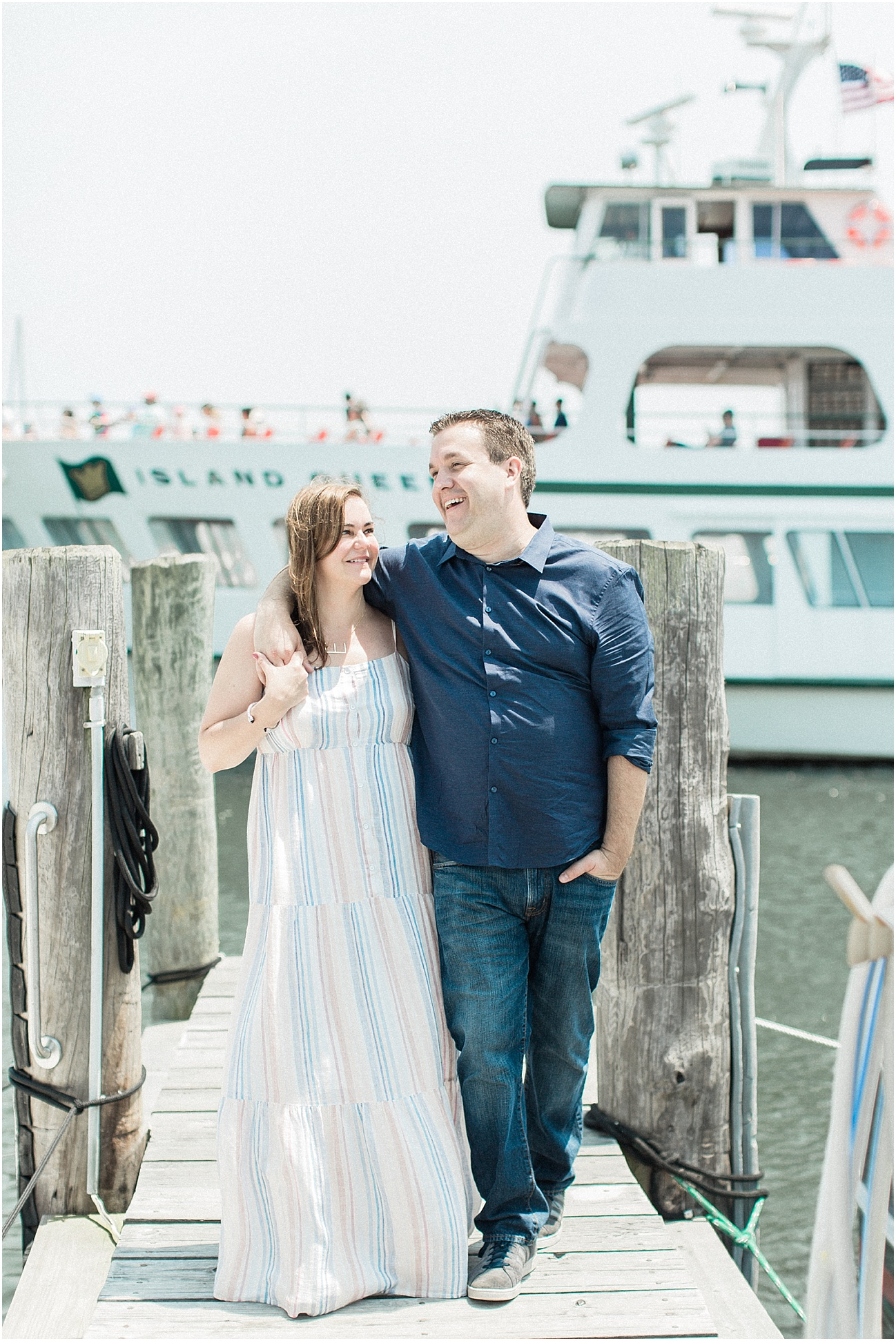 falmouth_liz_eric_proposal_boat_parents_sign_will_you_marry_me_cape_cod_boston_wedding_photographer_meredith_jane_photography_photo_0516.jpg
